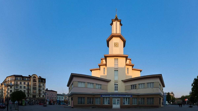 Івано-Франківськ розірвав партнерство з двома російськими містами-побратимами
