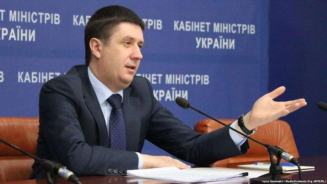 Науковці виявили корупцію в діях міністра культури