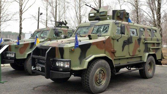 Прикордонні підрозділи на сході України посилили шістьма броньовиками