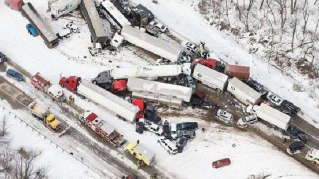 У Пенсильванії зіткнулися понад 50 автомобілів: 3 осіб загинуло