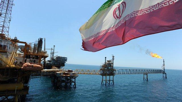 Іран почав постачати нафту до Європи