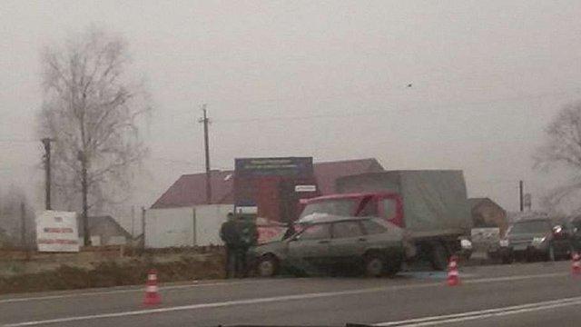 На об'їзній Львова трапились дві аварії, в яких постраждали шестеро людей