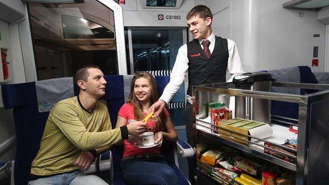 """WOG годуватиме пасажирів потягів """"Інтерсіті"""""""