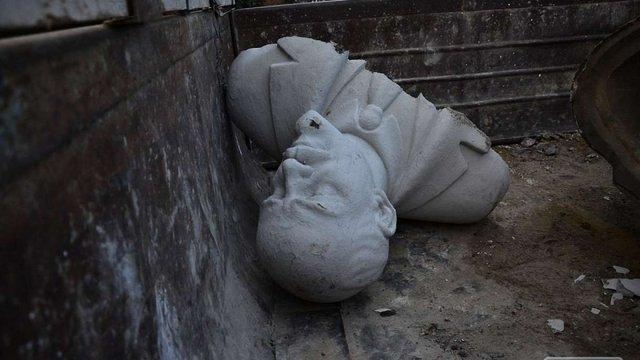 В Ізмаїлі знесли ще один пам'ятник Леніну