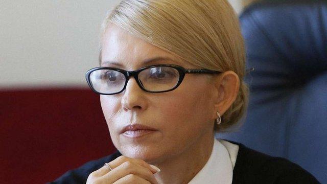 Після зустрічі з президентом Тимошенко заявила, що  ініціюватиме відставку Яценюка
