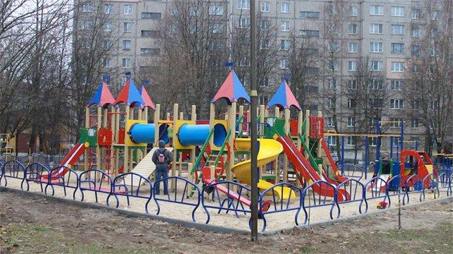 Цьогоріч у Львові встановлять 16 нових дитячих майданчиків
