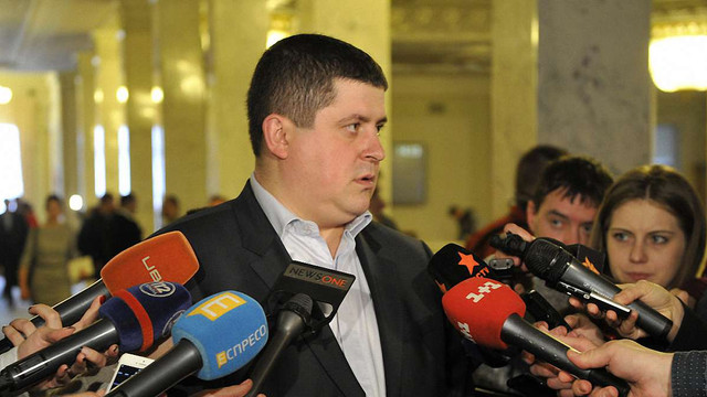 «Народний фронт» заявив, що голосуватиме за всі безвізові закони
