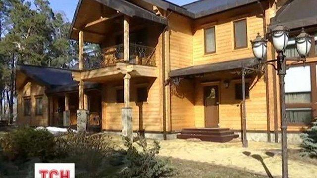 Мисливський будинок Януковича в Сухолуччі на Київщині розграбували