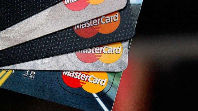 У Великобританії MasterCard запустив оплату платежів за допомогою селфі