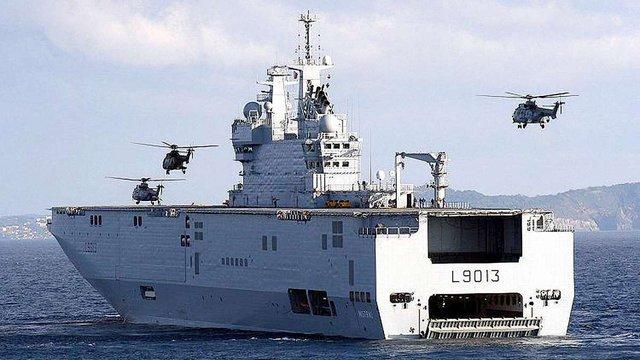 Франція повернула Росії мільярд євро авансу за «Містралі»