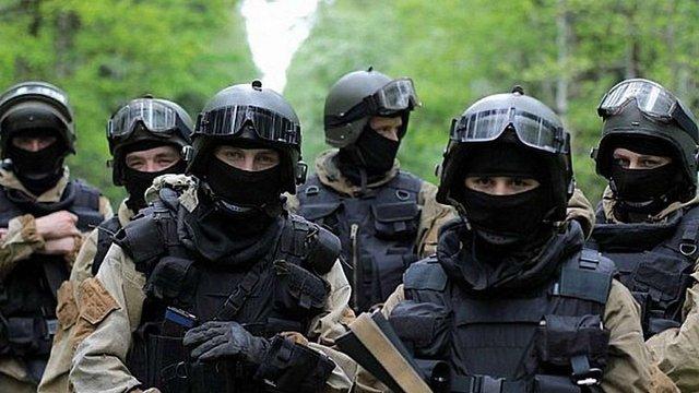 Уряд зняв обмеження на максимальні зарплати для силовиків і військовослужбовців, задіяних в АТО