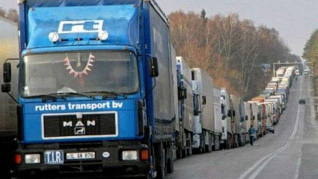 Росія запропонувала Україні взаємне скасування обмеження транзиту вантажівок