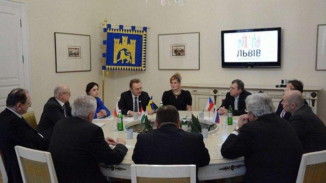 Міський голова Львова зустрівся з представниками країн «Вишеградської четвірки»