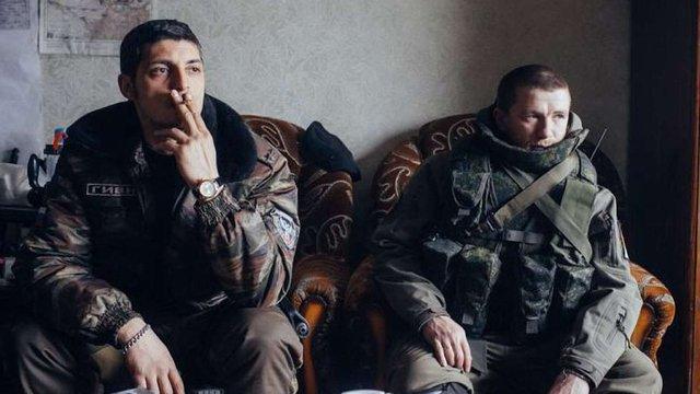ФСБ планує замінити «Гіві» та «Моторолу» на кадрових офіцерів РФ
