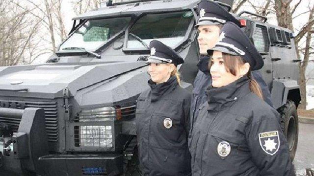 На вулиці Кременчука вийшла нова поліція