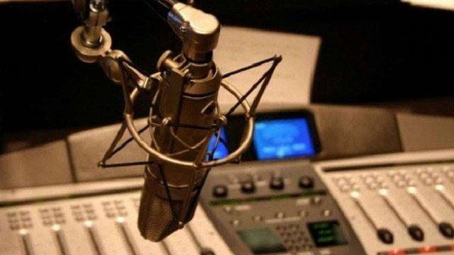 В Україні почало працювати військове радіо «Армія FM»