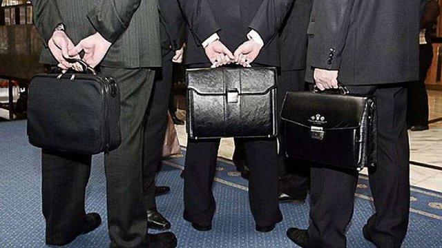 Уряд заборонив держслужбовцям публічно критикувати владу