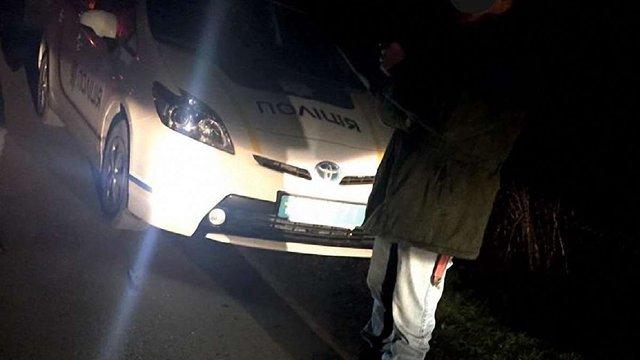 Неподалік Львова затримали чоловіка із багнет-ножем