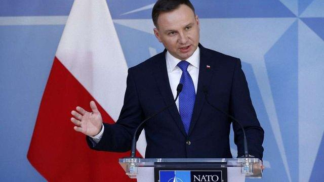 Президент Польщі закликав НАТО пильно стежити за ситуацією на Донбасі