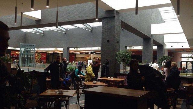 Другий день поспіль «мінують» торговий центр «Forum Lviv»