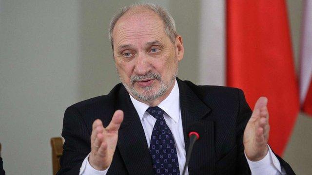 Міністр оборони Польщі призначив нових командувачів військ