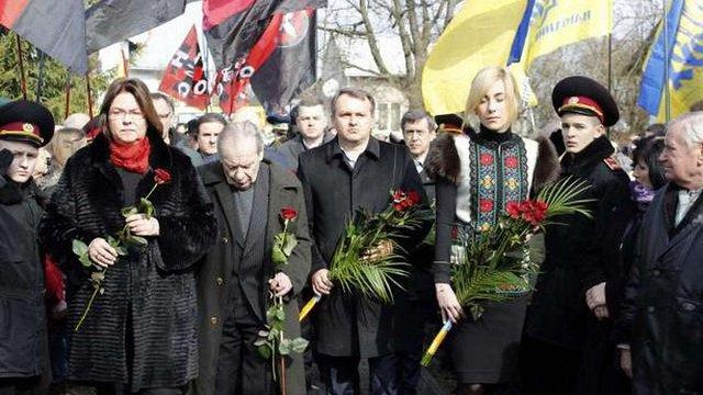 У Білогорщі вшанували пам'ять командира УПА Романа Шухевича