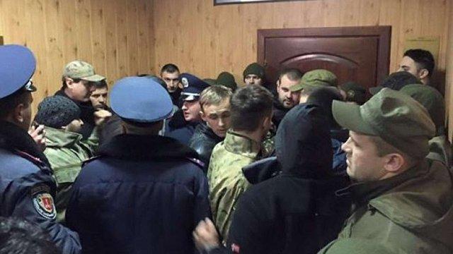 «Правий сектор» і Антимайдан побилися під час суду у справі про події 2 травня в Одесі
