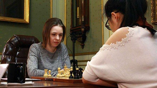 Восьма партія чемпіонату світу з шахів закінчилася нічиєю