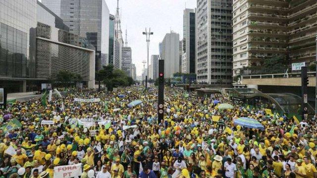 У Бразилії пройшов масовий мітинг за відставку президента