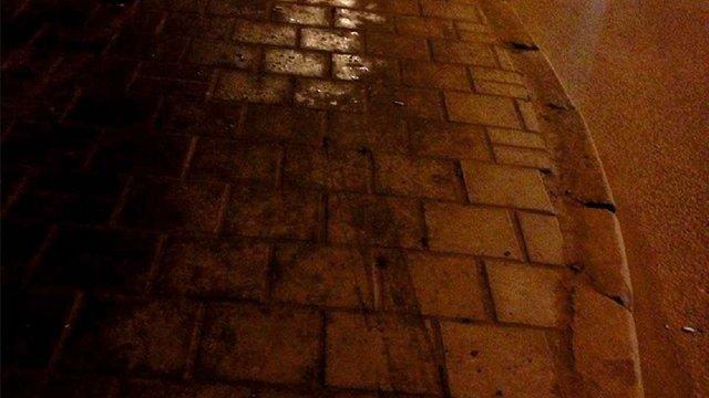 П'яний водій зачепив пішохода на зупинці громадського транспорту у Львові