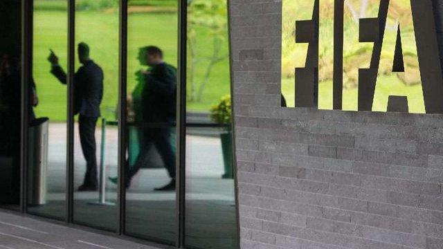 ФІФА зізналась у підкупі голосів під час виборів країн-господарок ЧС-1998 та ЧС-2010