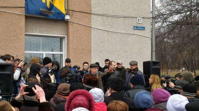 В Яготині Київської області облаштували блокпост, щоб не допустити заселення мігрантів
