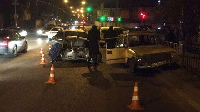 У ДТП на Кульпарківській постраждала жінка-водій