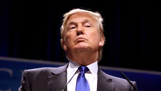 Хакери оголосили «кібервійну» Дональду Трампу
