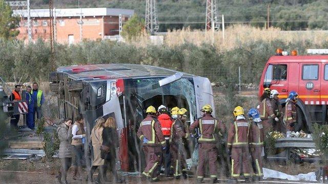 Внаслідок ДТП зі студентським автобусом в Іспанії постраждали двоє українців, – МЗС