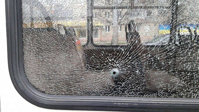 Слідчі не підтвердили інформації про обстріл львівської маршрутки