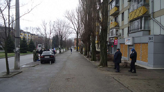 В центрі Дніпропетровська затримали чоловіка з п'ятьма гранатами і наркотиками