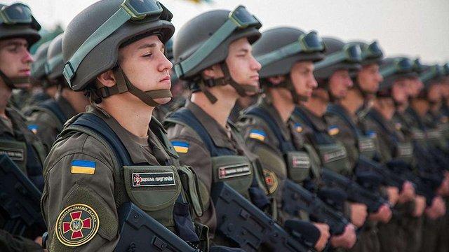 180 бійців Нацгвардії віддали свої життя за незалежність України, – Порошенко