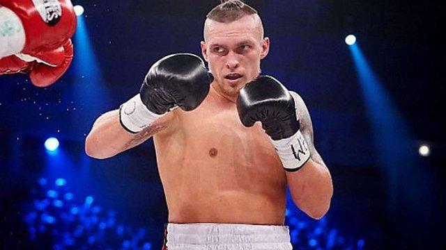 Боксер Олександр Усик скасував найближчий бій через травму