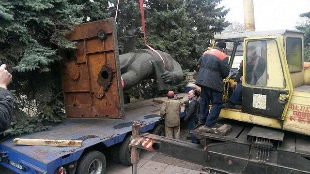 У Маріуполі демонтували пам'ятник Орджонікідзе