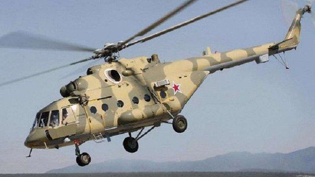 Російські Мі-8 шпигували вздовж адмінмежі Криму з Херсонщиною