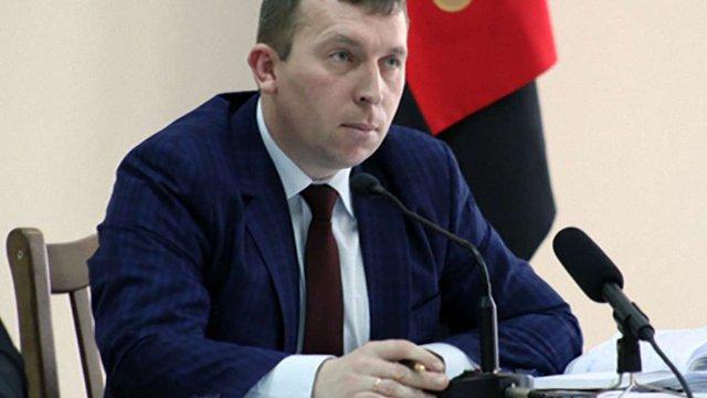Суд зробив усне зауваження меру Червонограда, який призначив собі премію