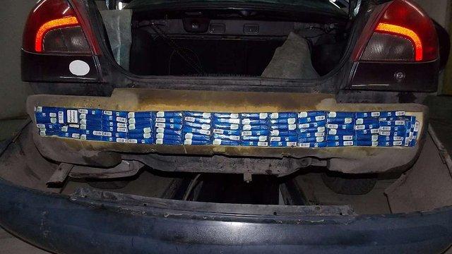 Львівські митники конфіскували у контрабандистів  3600 пачок сигарет