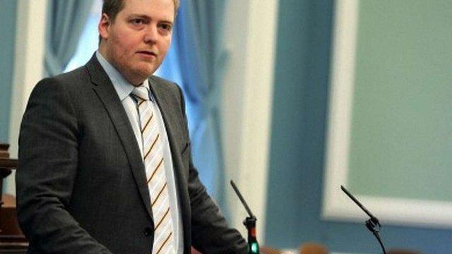 Прем'єр Ісландії відмовився піти у відставку через офшорний скандал