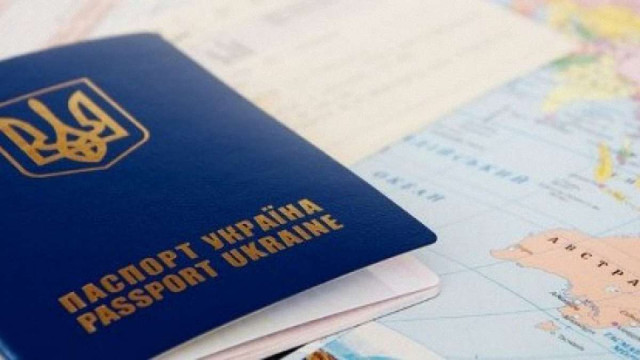 Із 2017 року українці зможуть їздити до Білорусі лише за закордонними паспортами