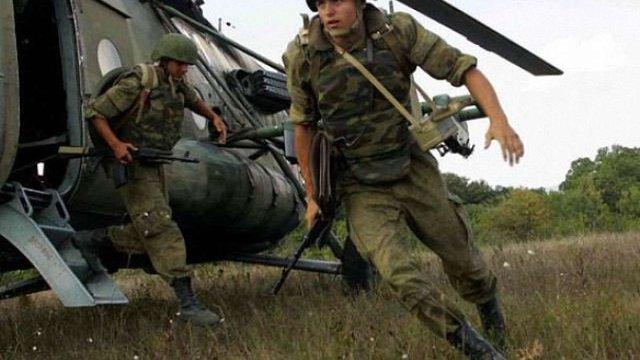 Російські десантники в Криму відпрацювали захоплення стратегічних об'єктів Херсонщини