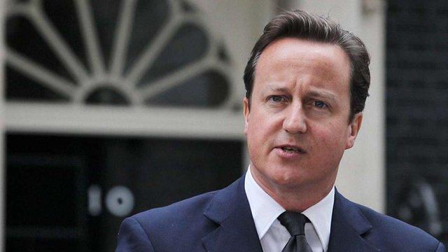 На тлі скандалу з офшорами прем'єр-міністр Великобританії показав свої податкові декларації