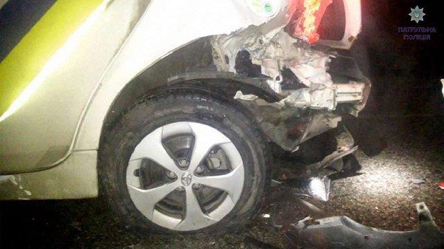 П'яний водій ВАЗу розбив поліційне авто і збив патрульного