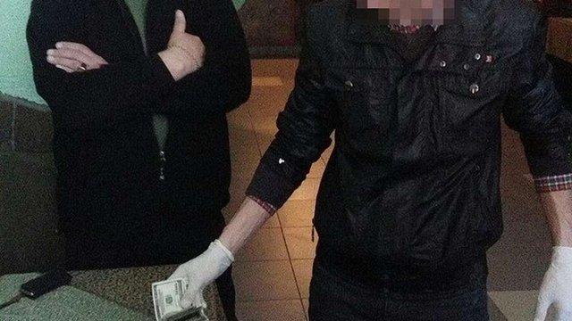 У Городку депутат за хабар намагався передати ділянку учасників АТО під будівництво готелю