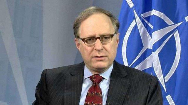 У НАТО очікують від України прогресу в реформах до Варшавського саміту